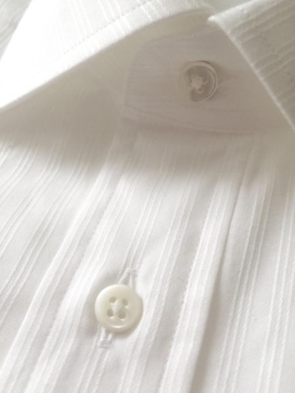 鎌倉シャツの貝ボタン