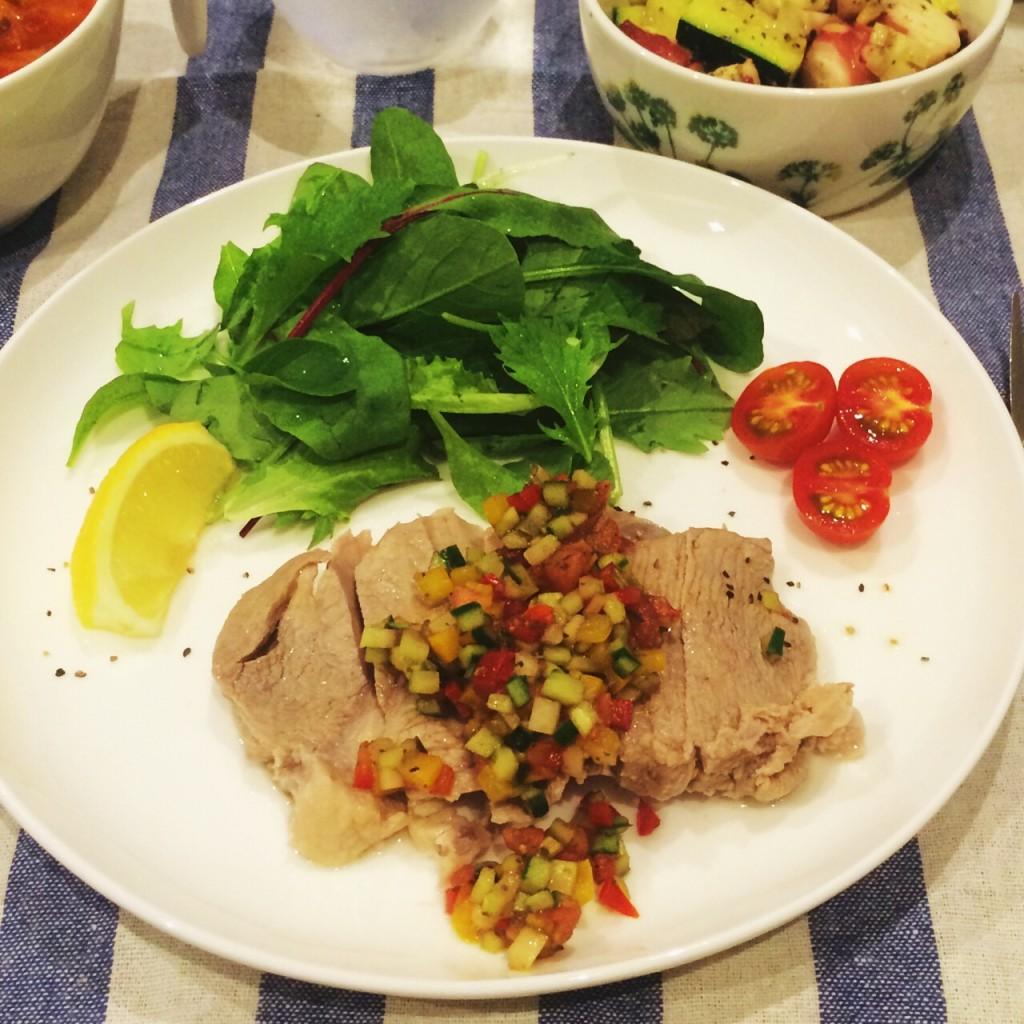 ゆで豚と野菜のバルサミコソース