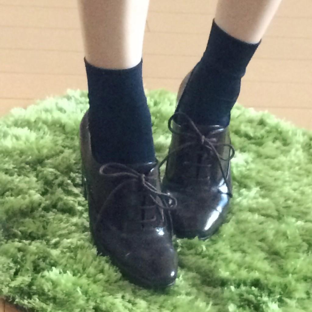 17℃ 靴下 コーデ ネイビー ブーティー ブーツ おしゃれ 人気 可愛い